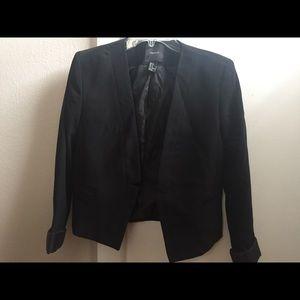 Women's Black Buttonless Blazer